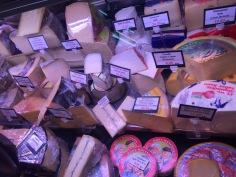 Tasting Spanish cheese